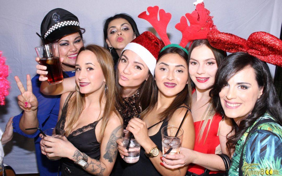 Fotomatón cena de Navidad – AMC Zumos